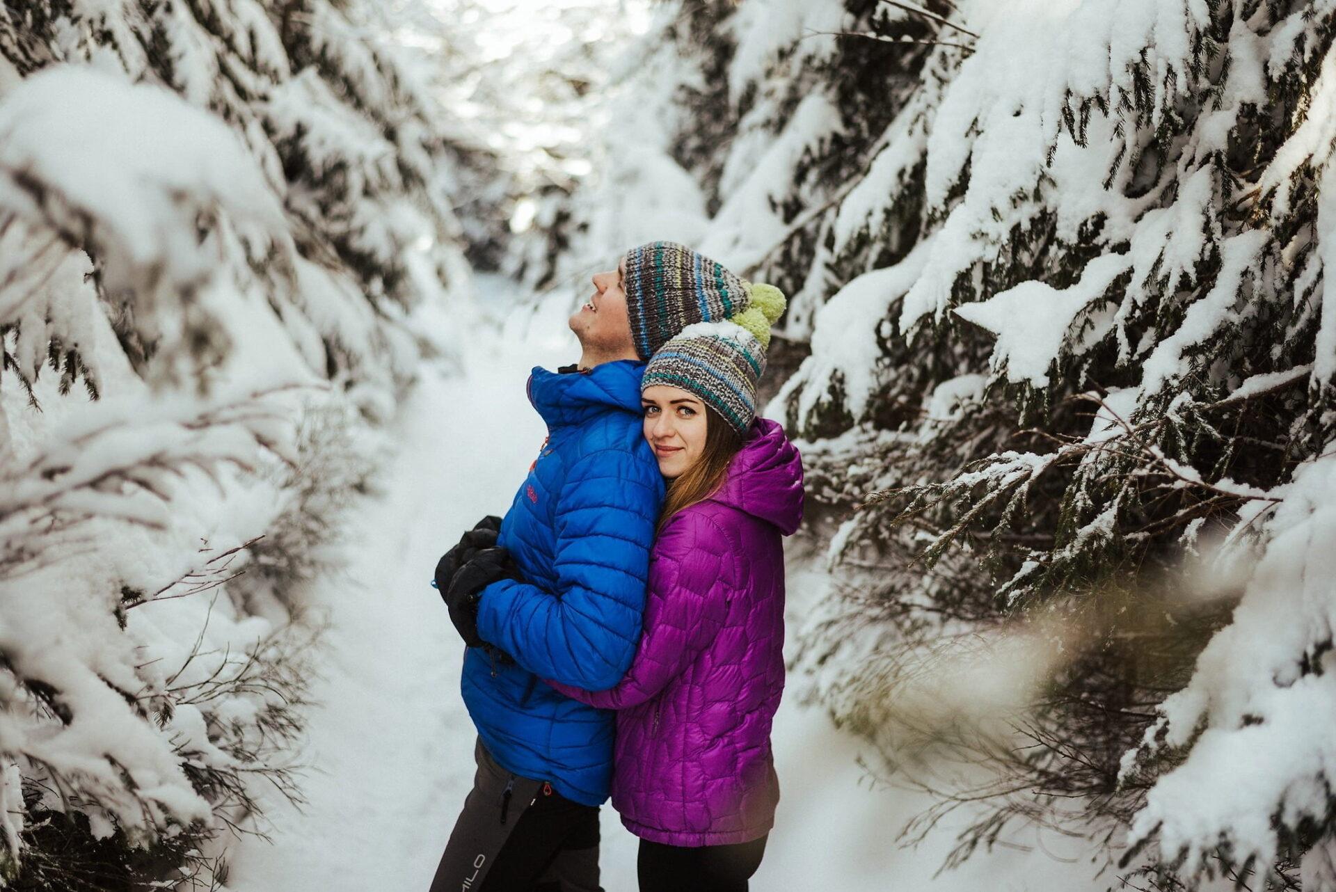Zimowa sesja narzeczeńska w górach 9