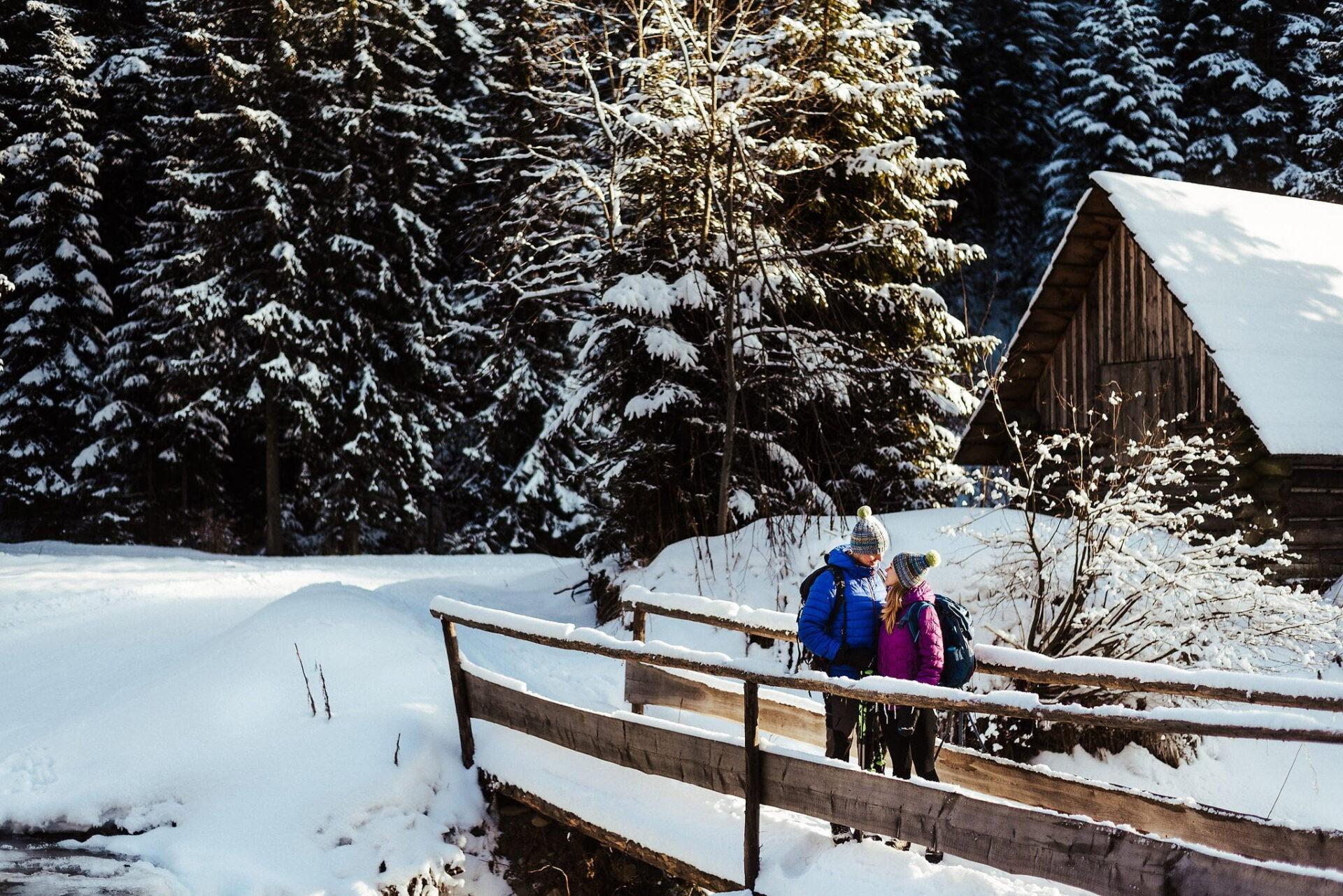 Zimowa sesja narzeczeńska w górach 40