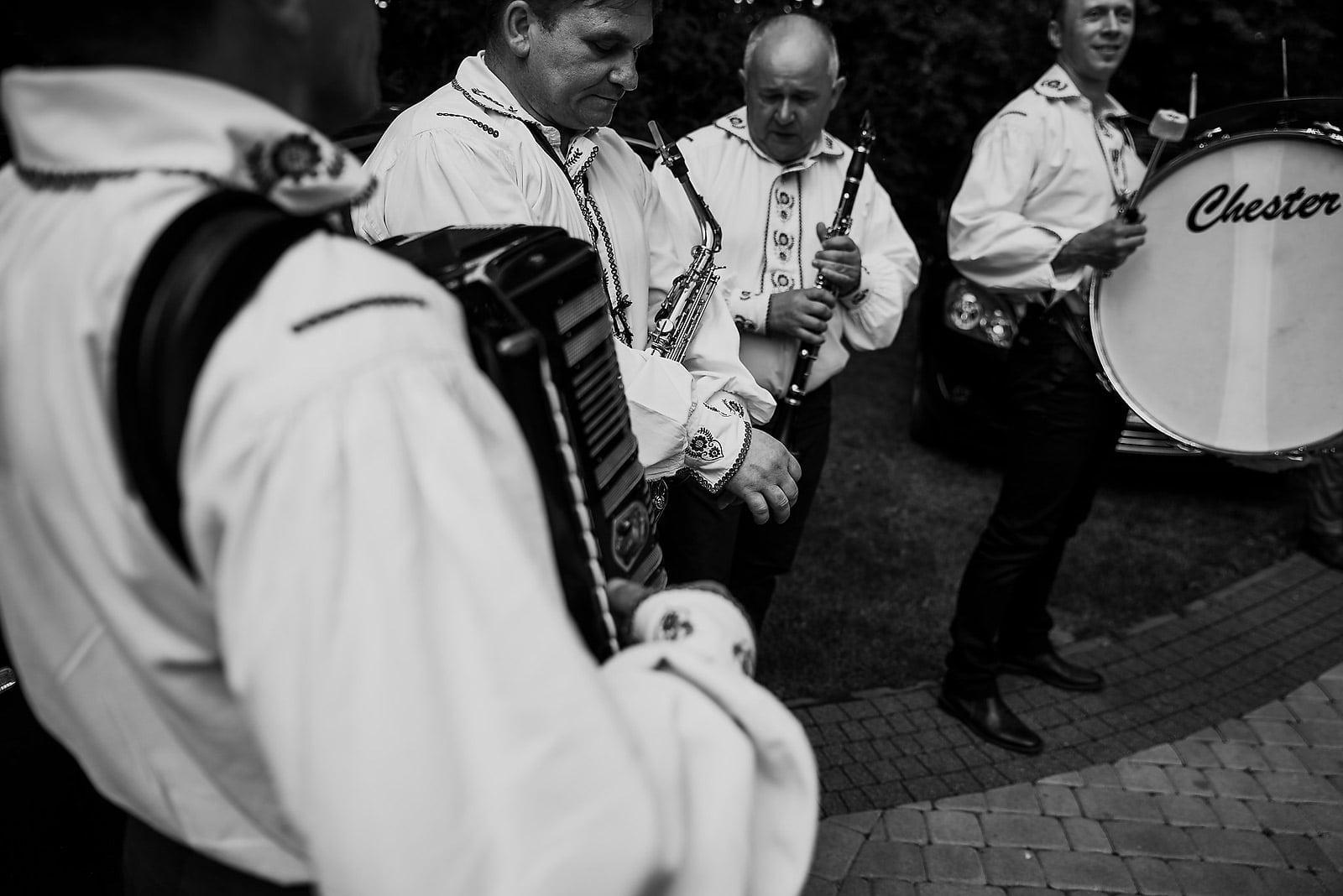 Gosia i Szymon. Fotografia ślubna Nowy Sącz 24