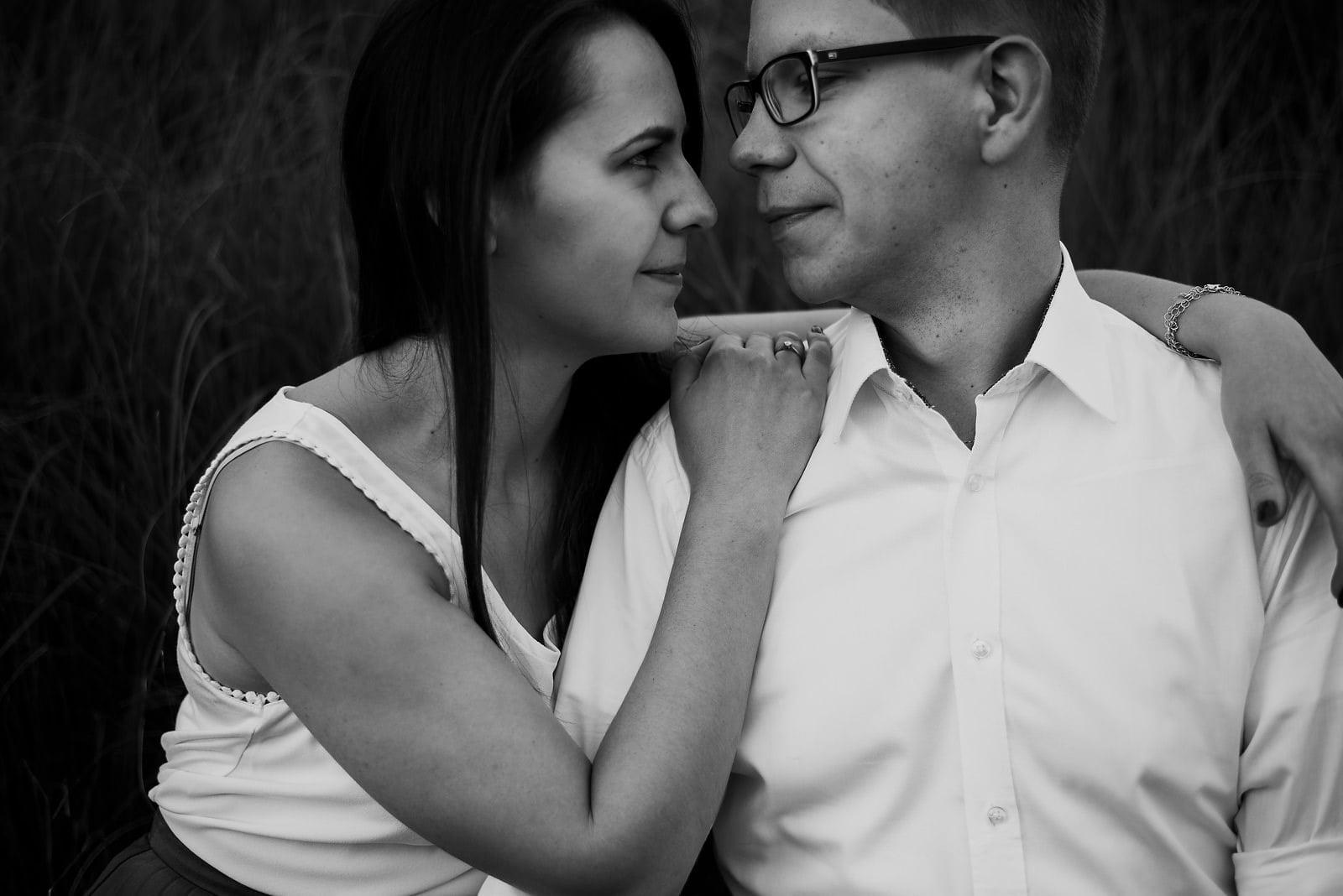 Joanna i Bartosz - sesja narzeczeńska Wrocław 12