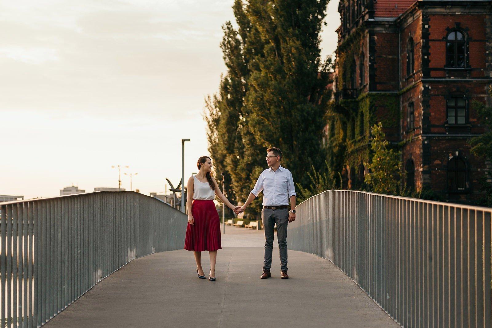 Joanna i Bartosz - sesja narzeczeńska Wrocław 17