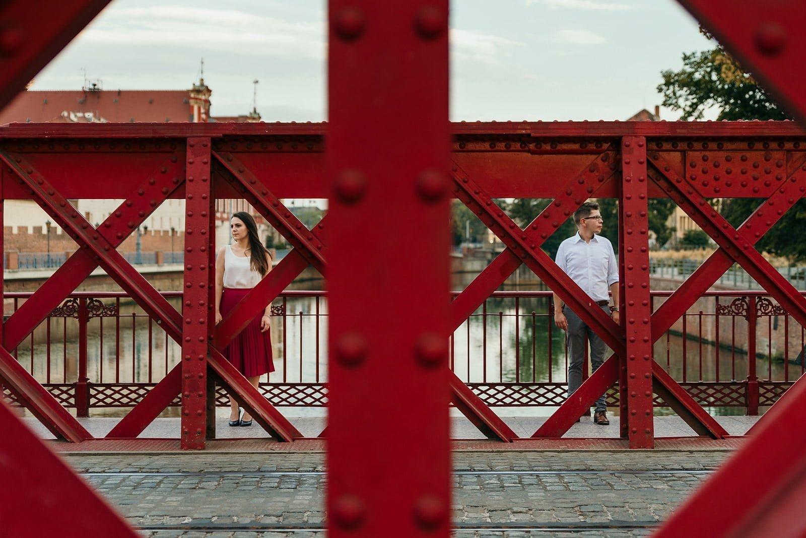 Joanna i Bartosz - sesja narzeczeńska Wrocław 22