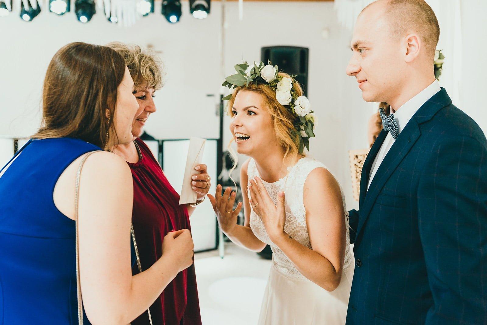 Justyna i Szymon - plenerowy ślub w stylu boho 55