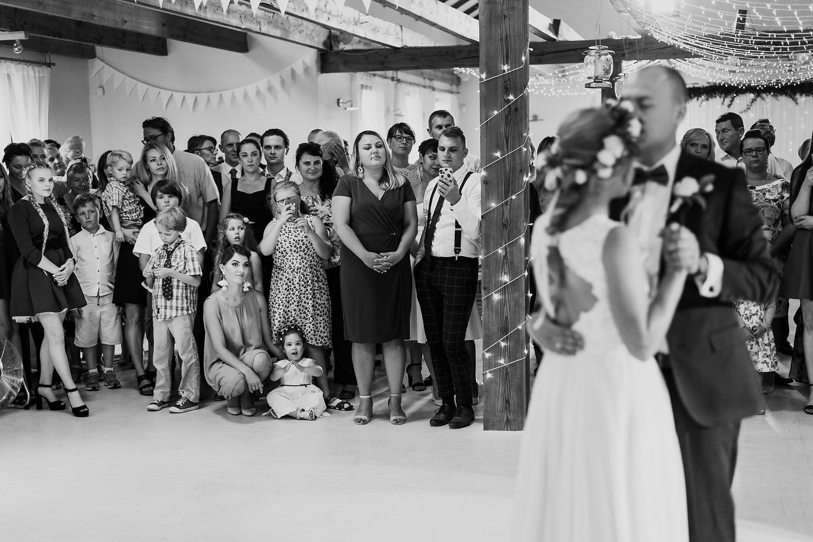 Justyna i Szymon - plenerowy ślub w stylu boho 64