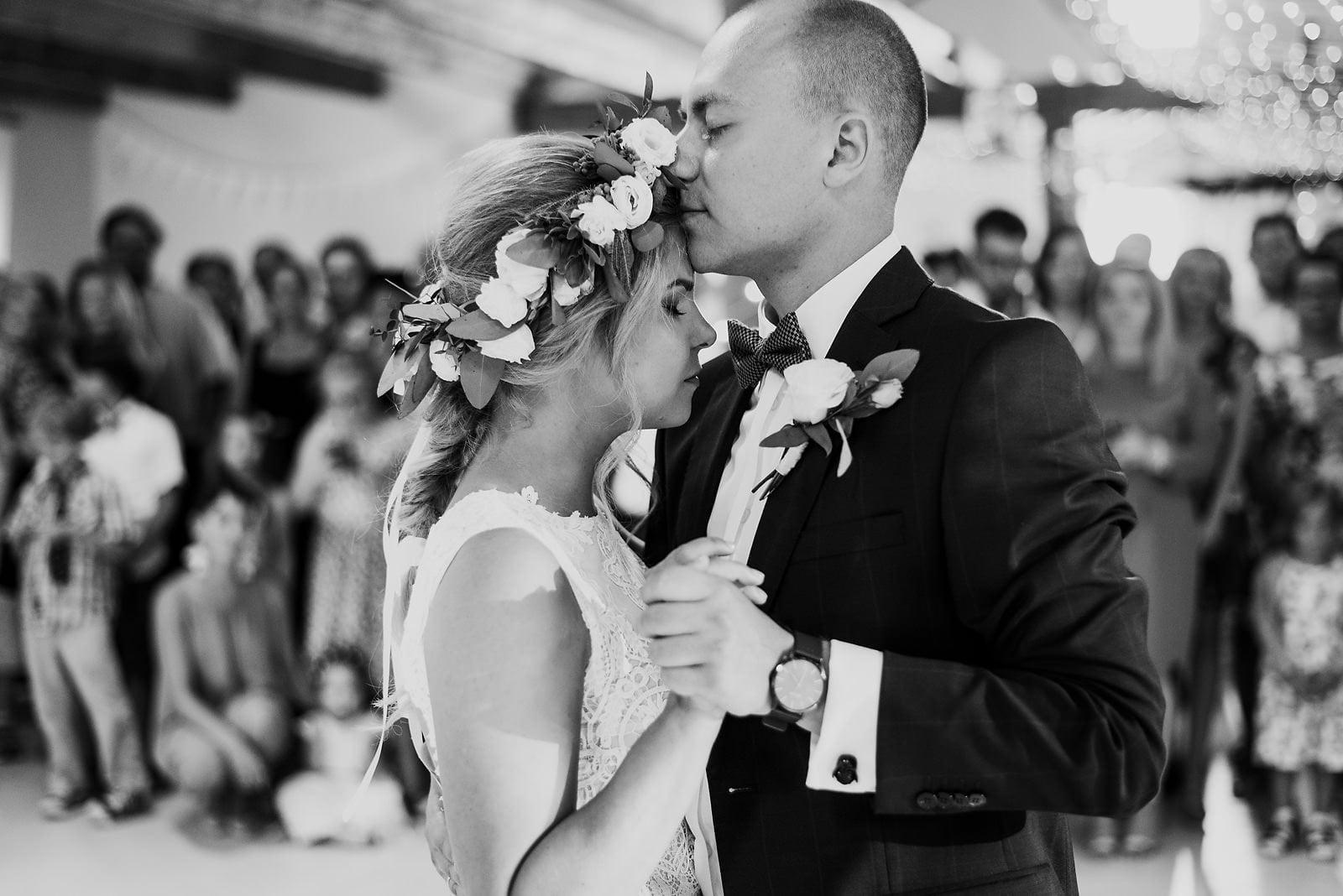 Justyna i Szymon - plenerowy ślub w stylu boho 65