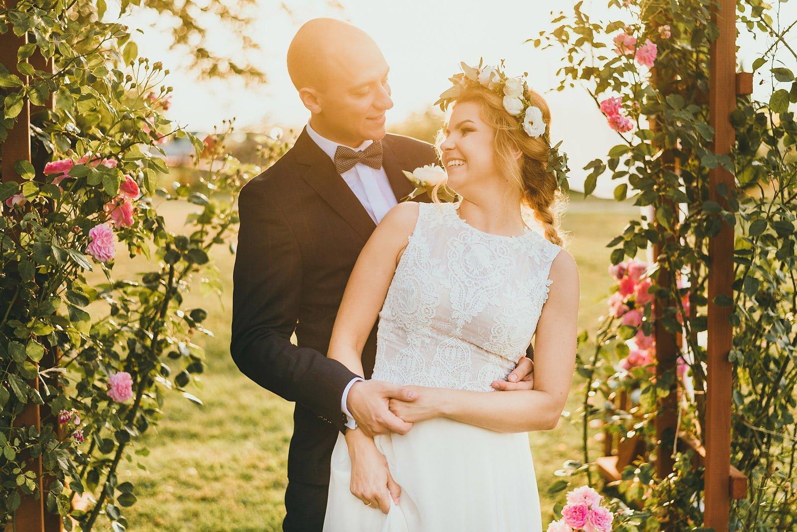 Justyna i Szymon - plenerowy ślub w stylu boho 83