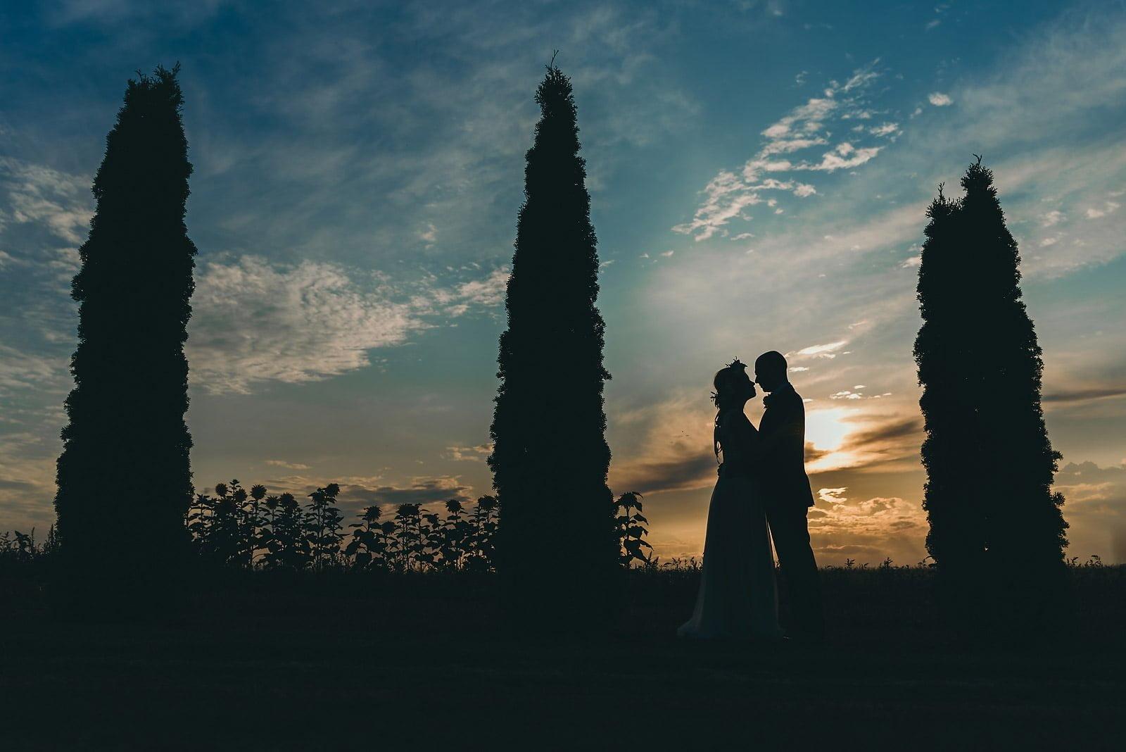 Justyna i Szymon - plenerowy ślub w stylu boho 86