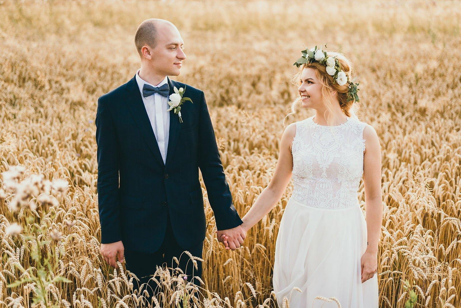 Justyna i Szymon - plenerowy ślub w stylu boho 88