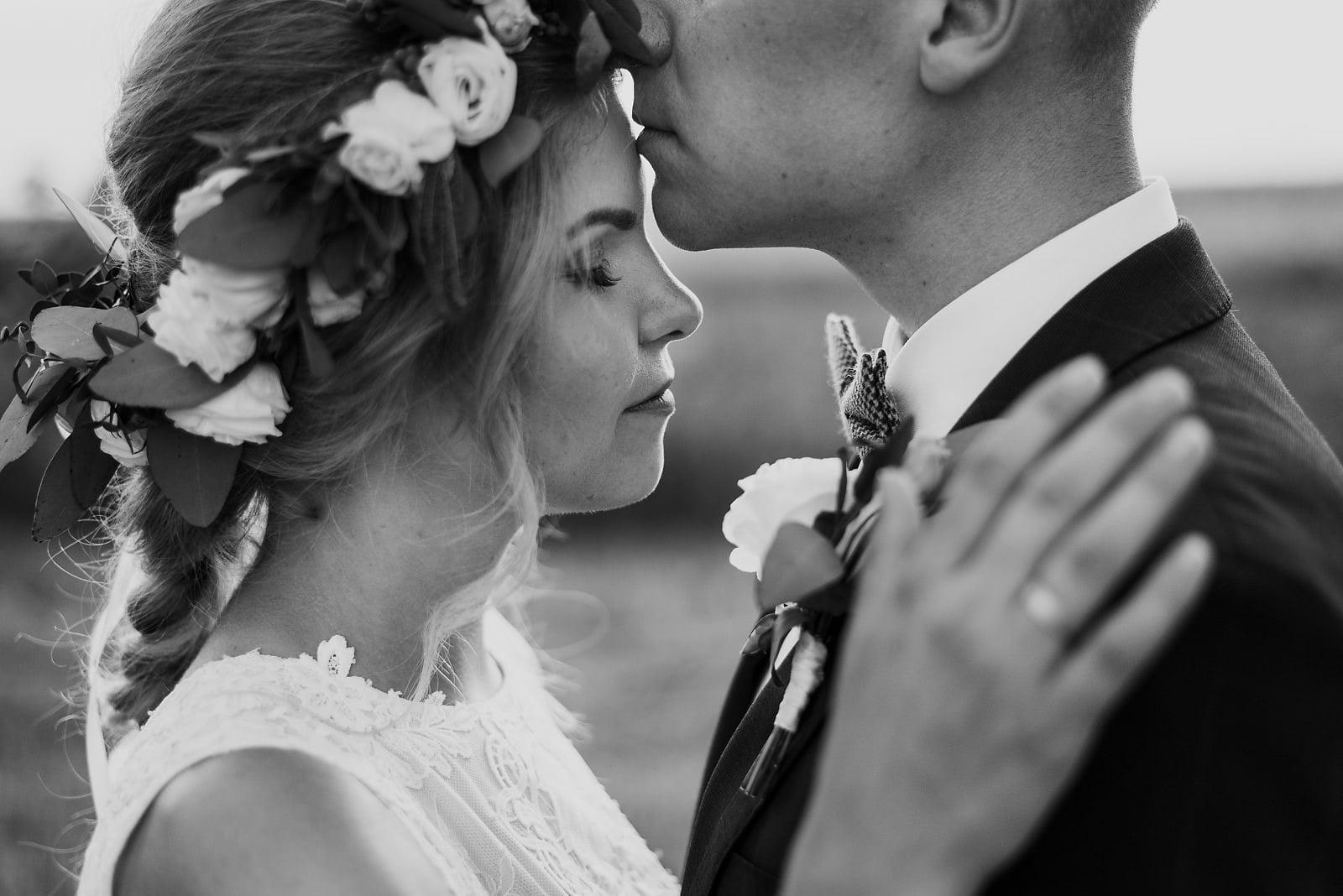 Justyna i Szymon - plenerowy ślub w stylu boho 90