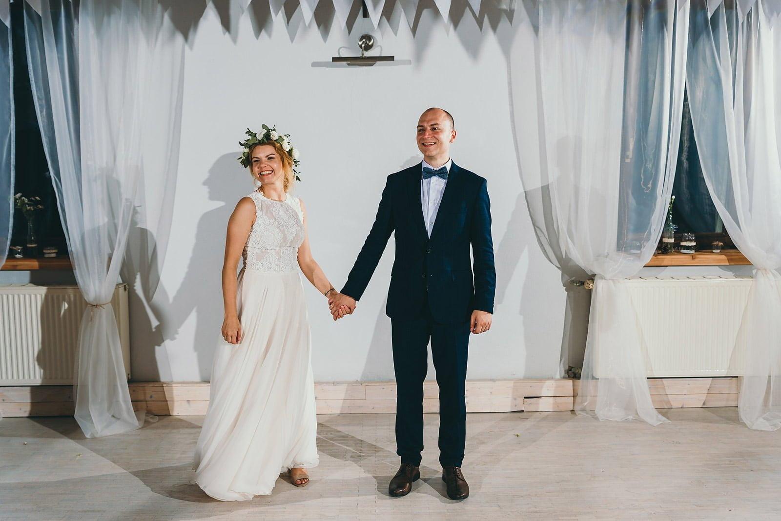 Justyna i Szymon - plenerowy ślub w stylu boho 93