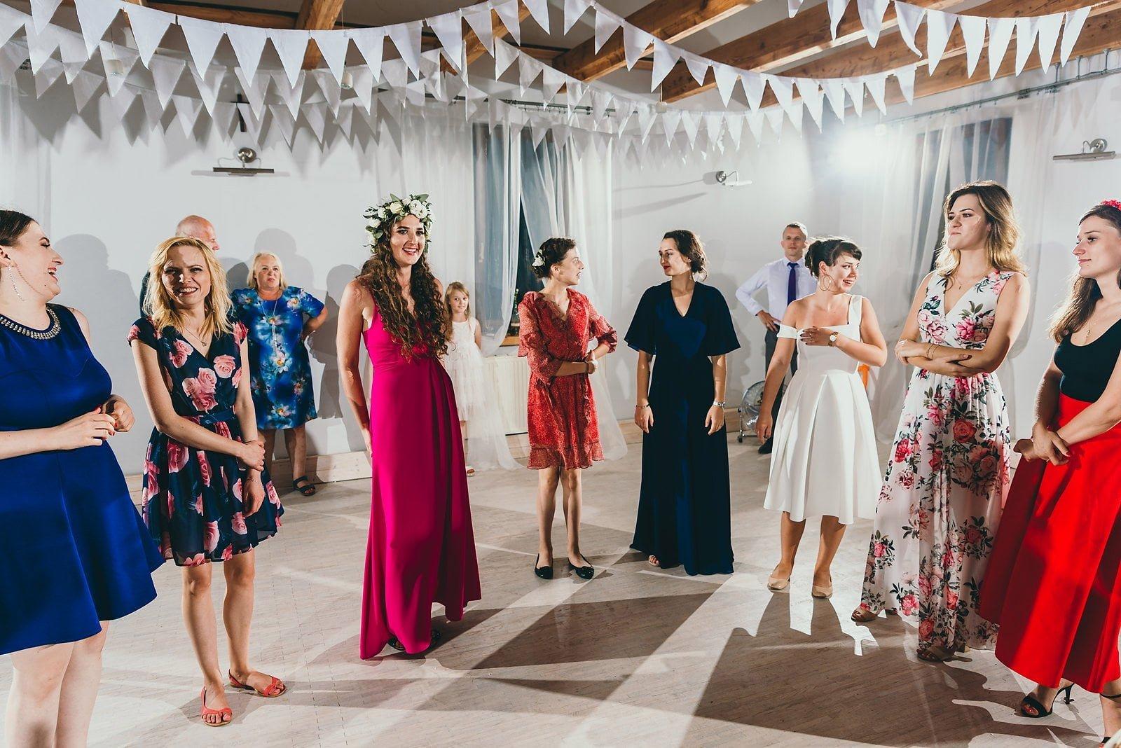 Justyna i Szymon - plenerowy ślub w stylu boho 116