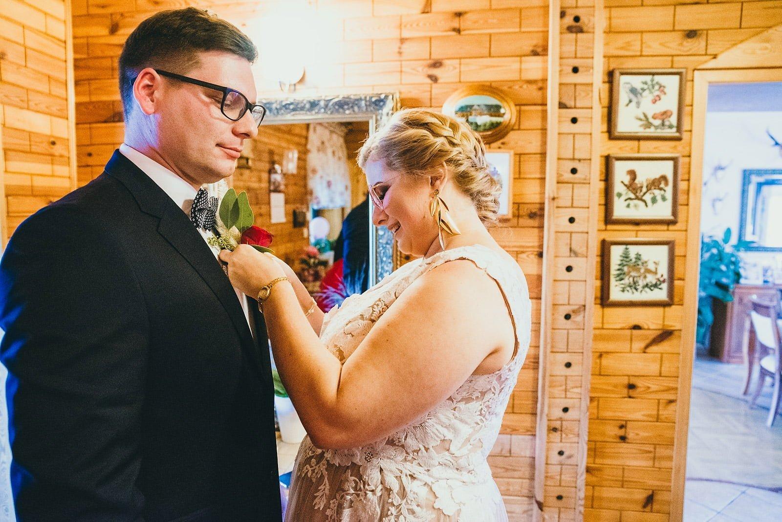 Karolina i Mateusz - plenerowy ślub - Biały Borek 19